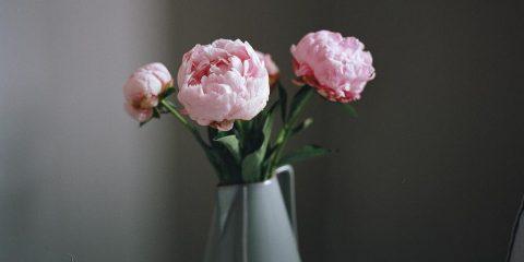 kunstbloemen in vaas