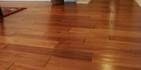 Wood_flooring_made_of_hickory_wood